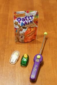 clickers and cat treats
