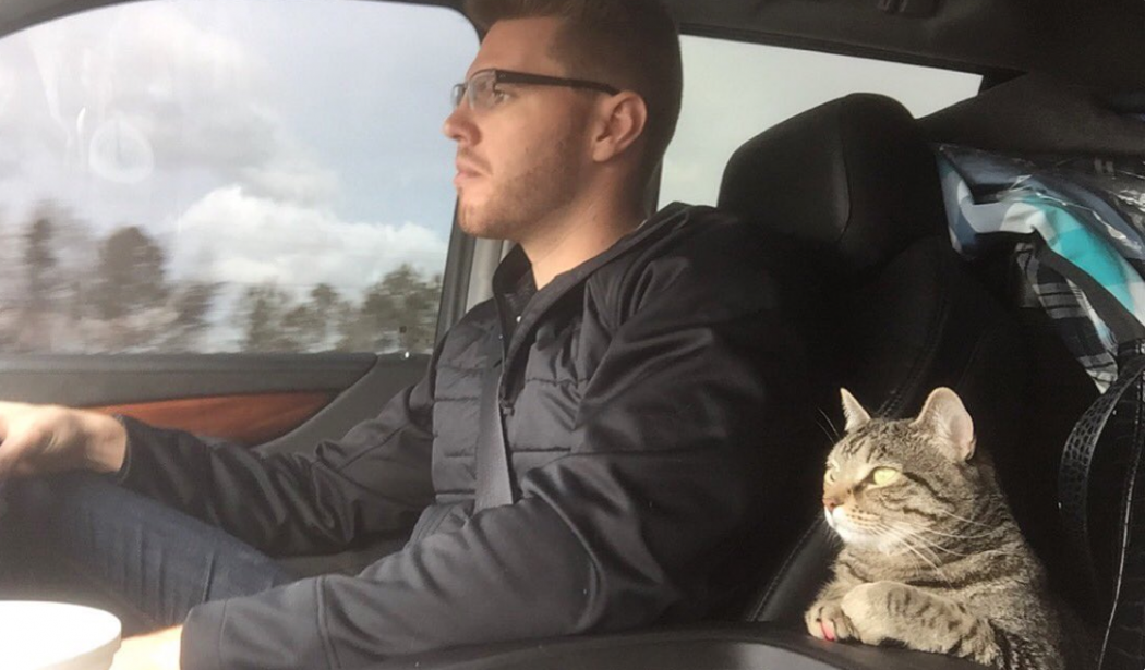 Freddie Freeman on road trip with cat